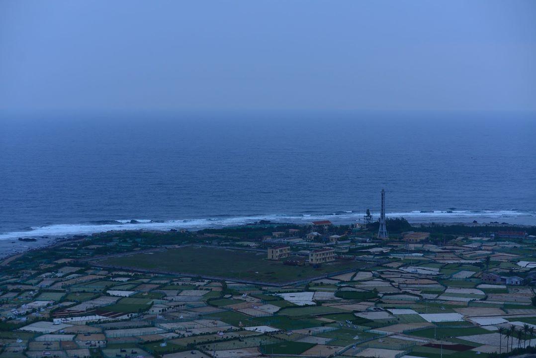 Lý Sơn nhìn từ đỉnh Thới Lới (Photo: Lê Anh Tuấn)