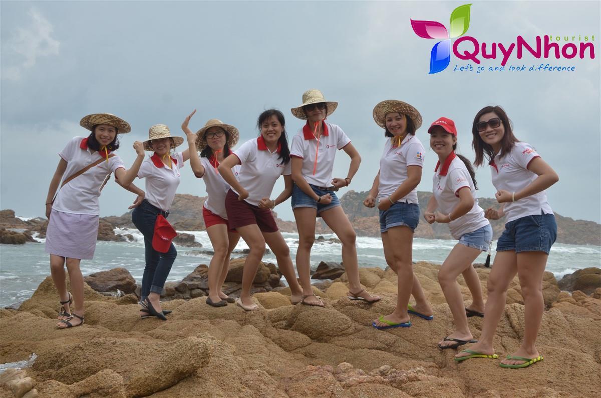 Hội Phụ Nữ tỏa sáng - Ai dám động vào :)